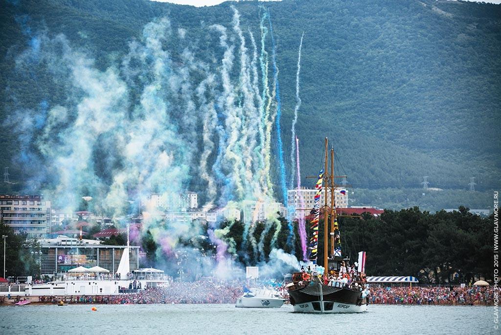 Карнавал на воде 2015 в Геленджике