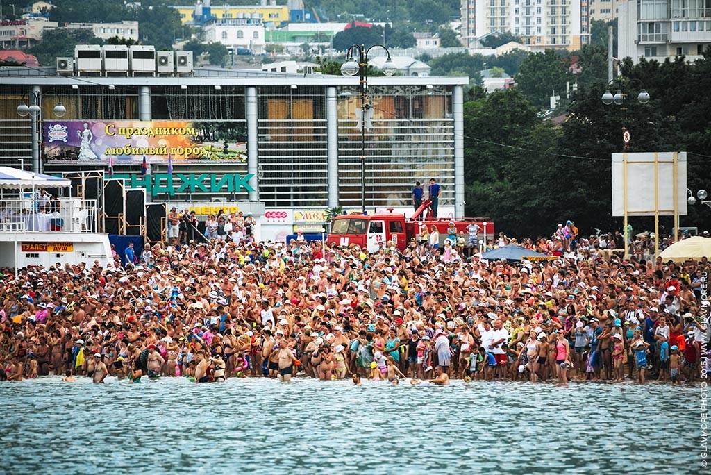 Карнавал на воде 2015 в Геленджике фото 1