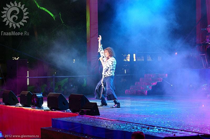 Открытие сезона в Геленджике — Карнавал 2012
