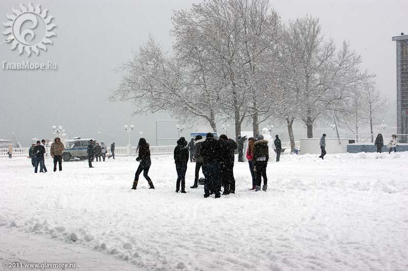 Геленджик завалило снегом фото 38