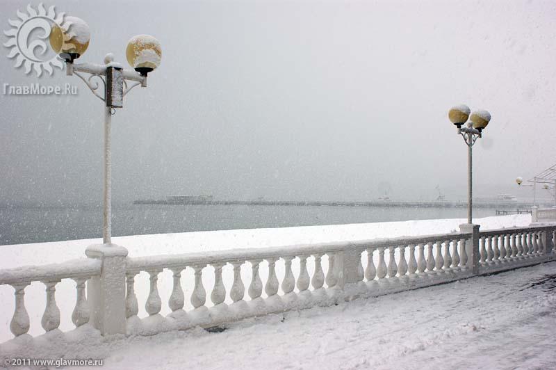 Геленджик завалило снегом фото 23