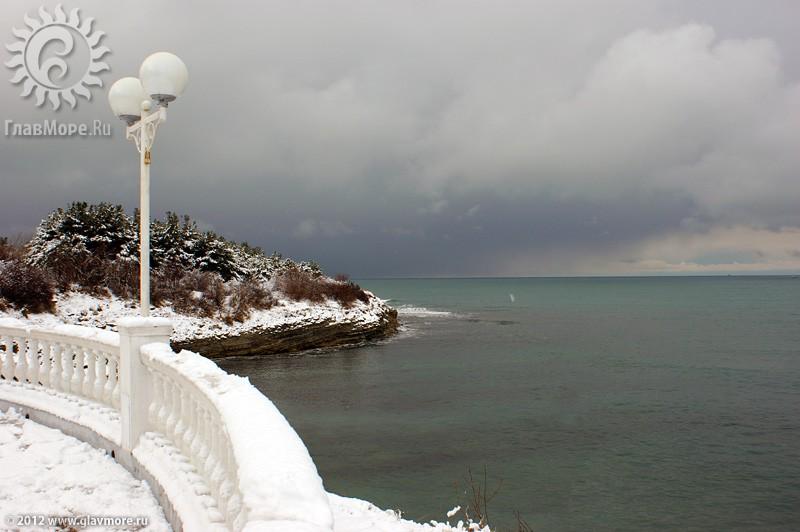 В Геленджике выпал снег фото 30