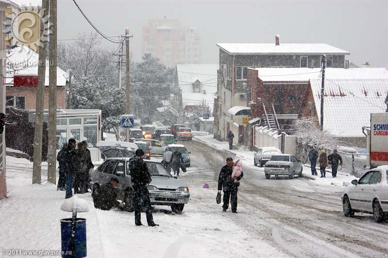 Геленджик завалило снегом фото 42