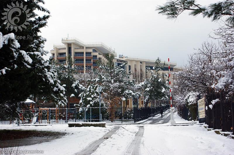 В Геленджике выпал снег фото 38