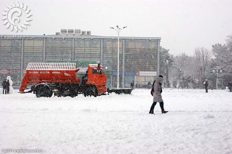 Геленджик завалило снегом фото 32