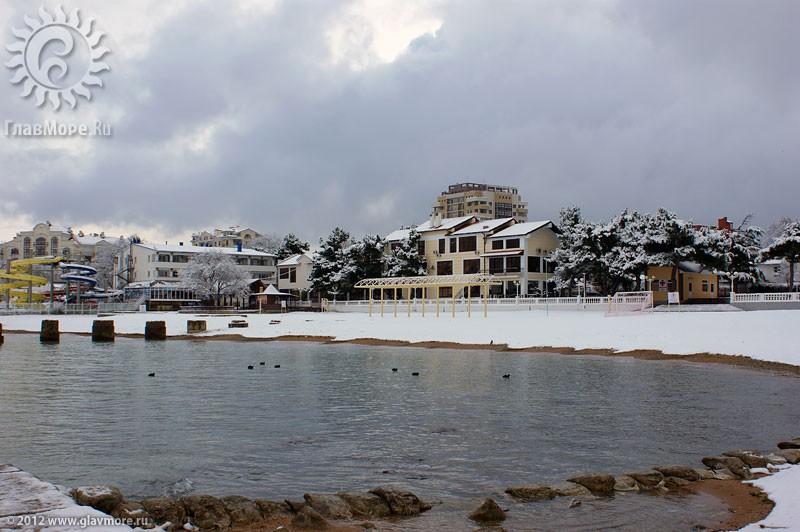 В Геленджике выпал снег фото 11