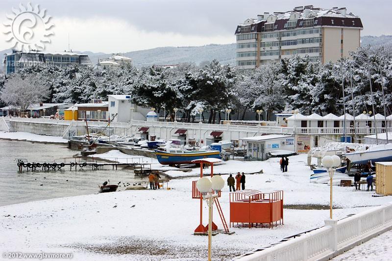 В Геленджике выпал снег фото 16