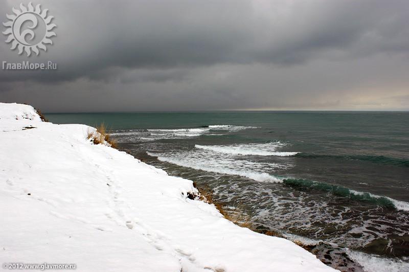 В Геленджике выпал снег фото 36
