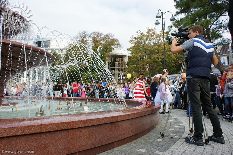 Новый фонтан в Геленджике фото 9